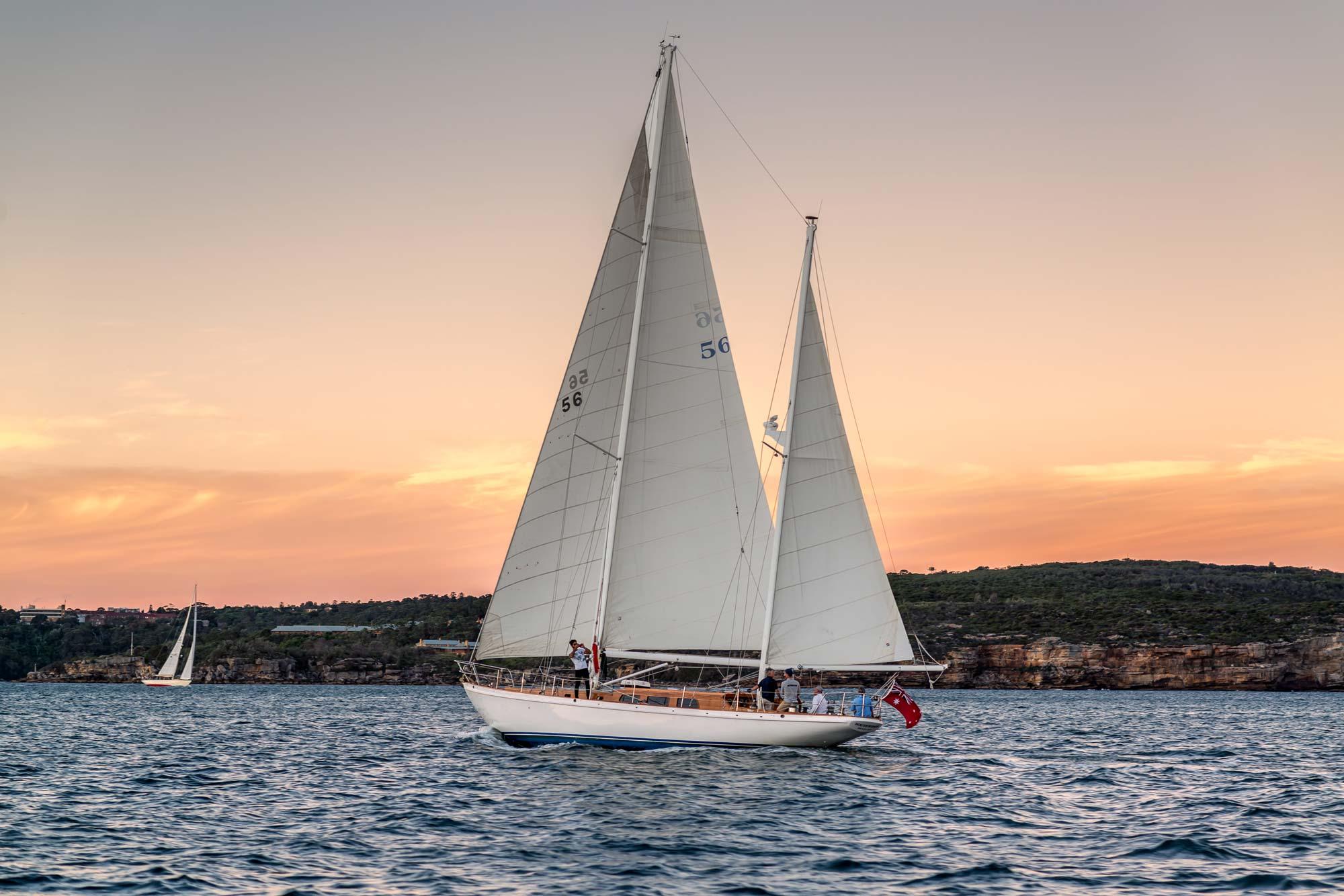 sunset cruise sydney